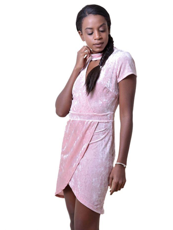 d9a3289f7fd2 DeCoro F7377 Φόρεμα Velvet με Ανοιγμα στην Πλάτη - ΡΟΖ - 10 - Glami.gr