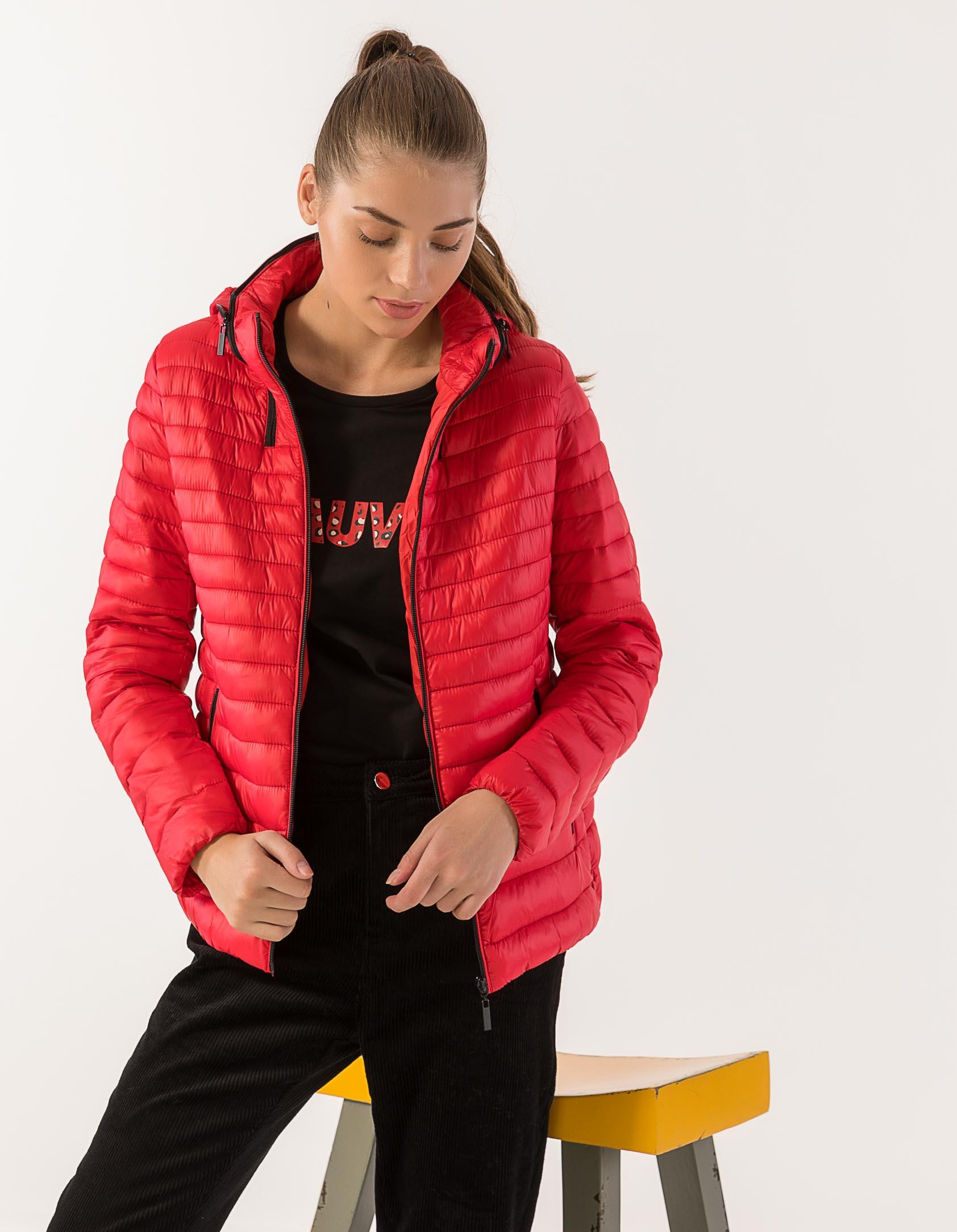 f30eb41aeaa6 ... Fashion Κοντό καπιτονέ μπουφάν με κρυφή κουκούλα στο γιακά. -33%. Issue  ...