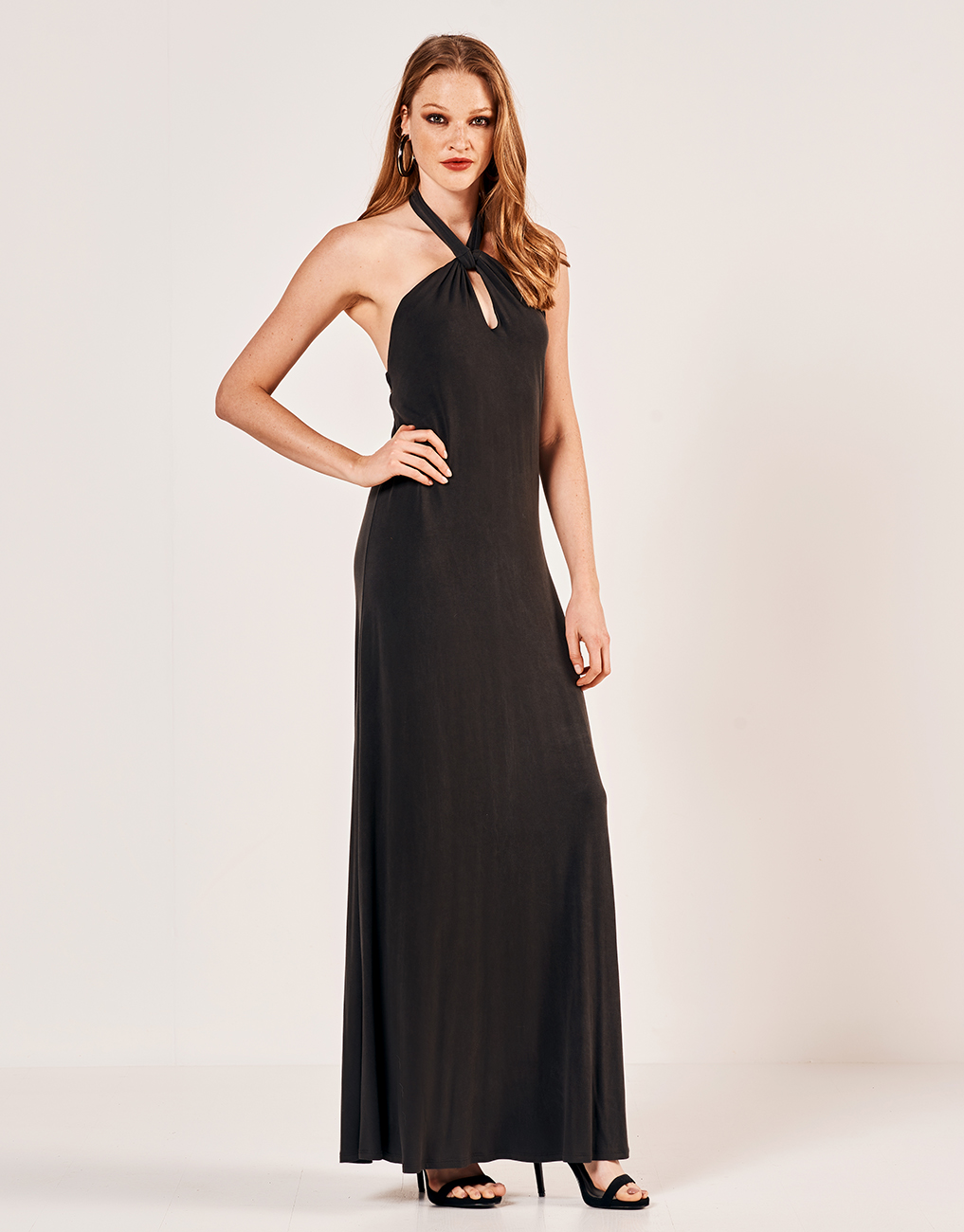 4dbf550d1d16 Lynne Φόρεμα με λαιμόκοψη halter - Glami.gr