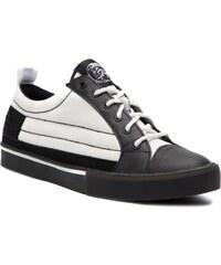 bd2048d1143 Πάνινα παπούτσια DIESEL - D-Velows Low Patch Y01870 P2090 H1527 White/Black
