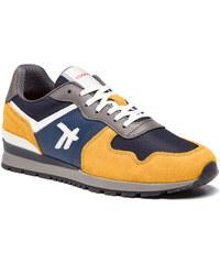 Πολύχρωμα Ανδρικά ρούχα και παπούτσια από το κατάστημα epapoutsia.gr ... a9de949fba7
