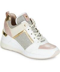 76438850e4 Γυναικεία sneakers από το κατάστημα Spartoo.gr