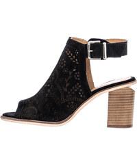 f858ad6899d Συλλογή Alpe Γυναικεία παπούτσια από το κατάστημα Mortoglou.gr | 50 ...
