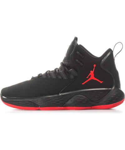 9615e6ac00b Έκπτώση άνω του 50% Ανδρικά αθλητικά παπούτσια από το κατάστημα Zakcret.gr  - Glami.gr