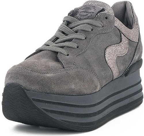Γυναικεία Sneakers Grumman - Glami.gr 28ef400c567