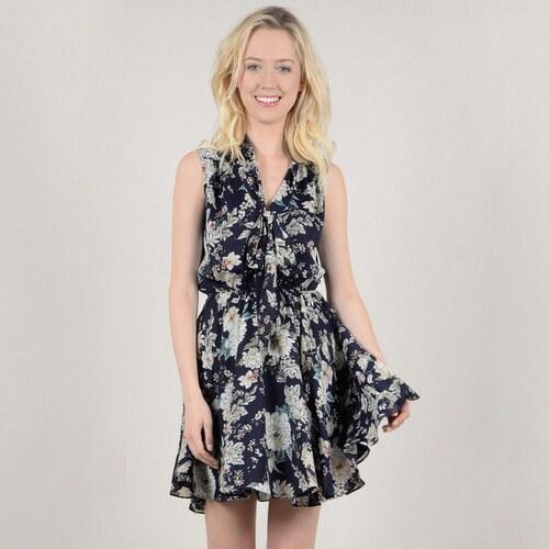 MOLLY BRACKEN Κοντό εμπριμέ φόρεμα σε εβαζέ γραμμή - Glami.gr e161e9950f6