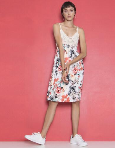 4b9b904690b8 Issue Fashion Midi φόρεμα με κεντητή λεπτομέρεια - Glami.gr