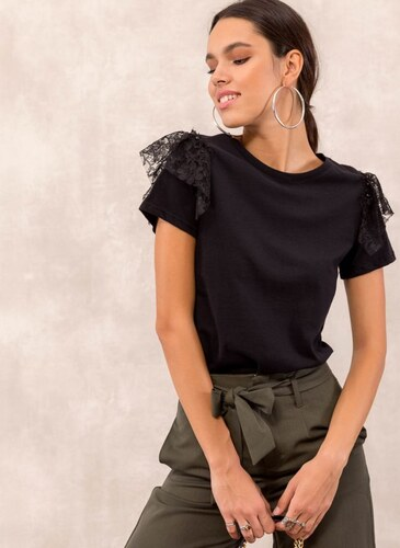 4d9374112631 Noobass Μπλούζα με δαντέλα στα μανίκια - Μαύρο - 009 - Glami.gr