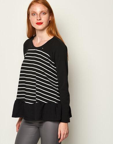 9806c5f9c15f Lynne Ριγέ μπλούζα με βολάν - Glami.gr