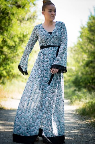 573dc638c08d Lovender Maxi Φόρεμα Κρουαζέ Δετό Καμπάνα Μανίκι Lillies - Glami.gr