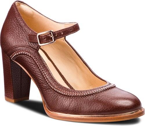 Κλειστά παπούτσια CLARKS - Ellis Mae 261351074 Tan Leather - Glami.gr 16c615e2afb
