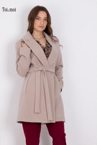 e30d802e5197 TOI MOI Γυναικείο παλτό με πέτο και ζώνη στην μέση ΜΠΕΖ - Glami.gr