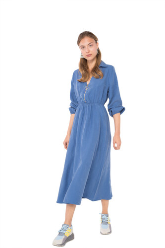 4c2b1b23f085 ΟΕΜ Μίντι φόρεμα με φερμουάρ και γιακά - Glami.gr